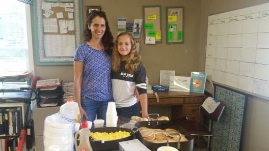 Jen Podos and daughter Ceci Giedzinski_hot breakfast Summer 2016